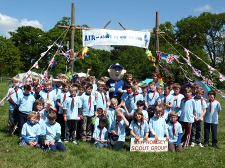 10th Romsey (Woodley and Crampmoor) Scouts and Cubs were treated to Dominos pizza for lunch on the Saturday of District camp.  Dominos donated 25 large pizzas free of charge and delivered them as well!   Danny, the Dominos mascot also visited, much to the delight of the cubs and scouts.  10th Romsey are very grateful to Dominos for their generous donation which was a huge treat for all the children (and leaders!)